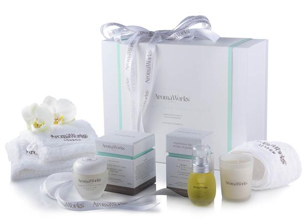 AromaWorks Nourish Face Indulgence Gift Set
